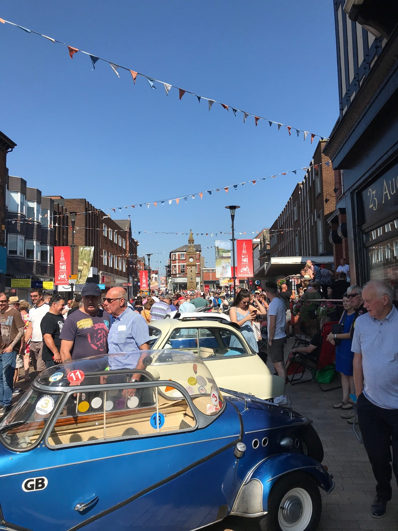Record crowds flock to enjoy Ormskirk MotorFest