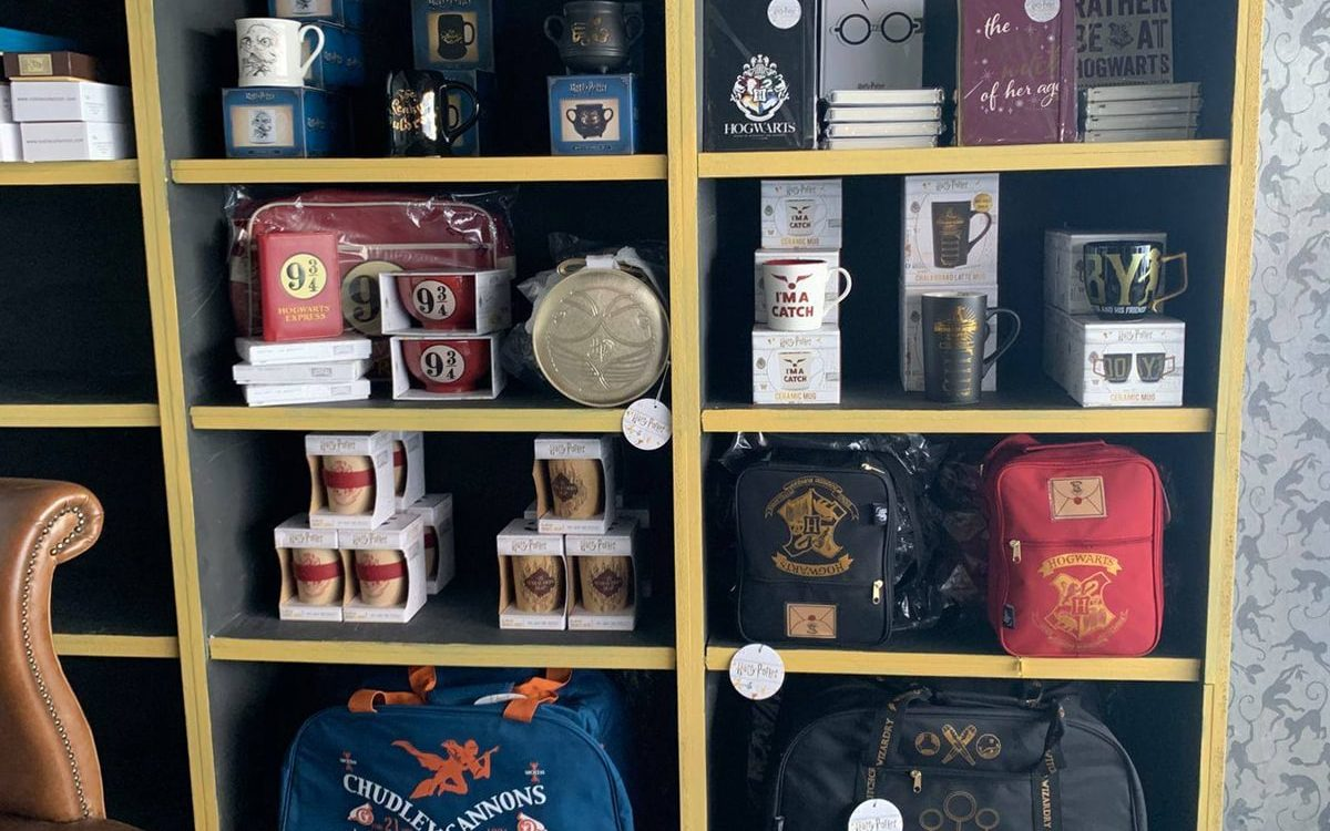 Harry Potter Merchandise at Madrakes Cafe
